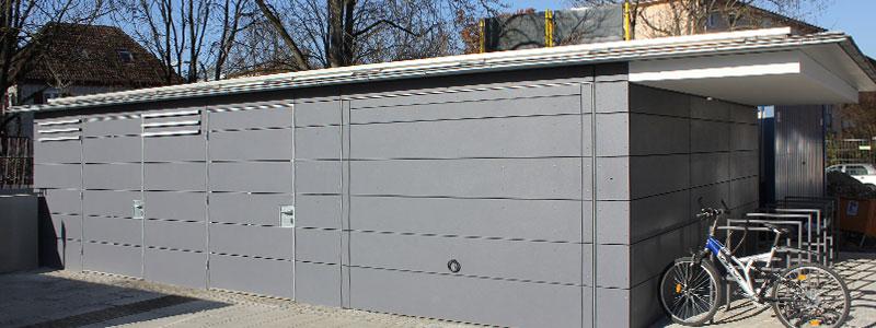 WC, Grarage, Mülltonnenhaus und Fahrradständer