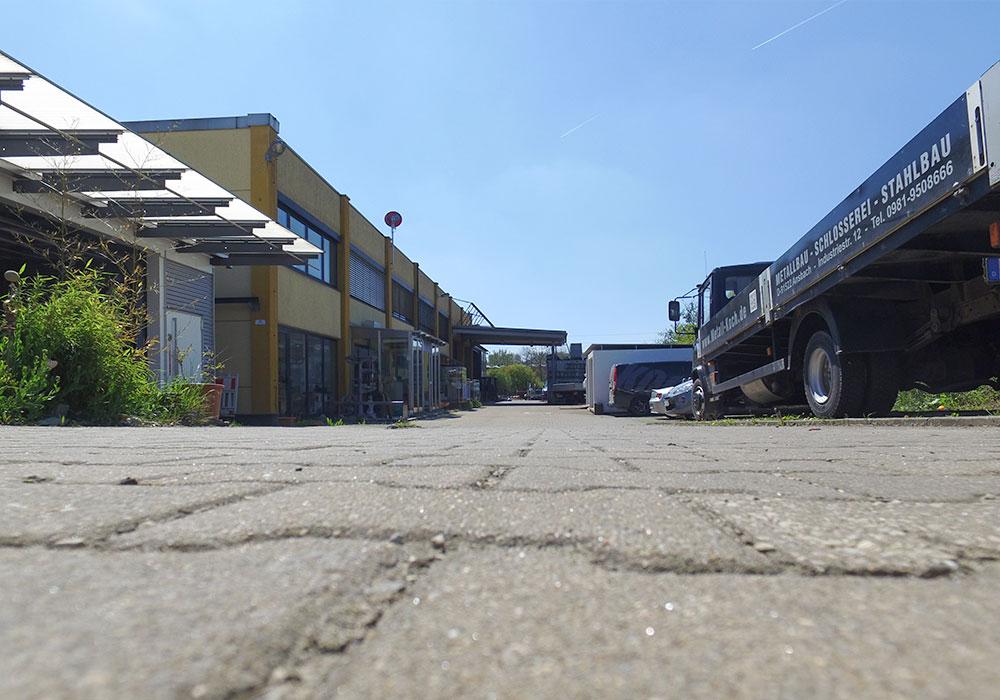 Koch-Metalbau-Ansbach-Eyb-Einfahrt